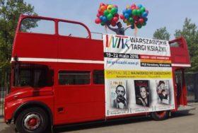 Poczta balonowa - bukiety balonów na autobusie