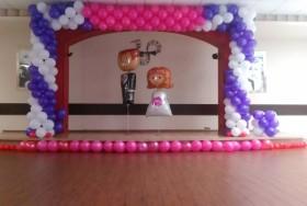 Girlanda z balonów na hel na ślubie