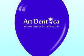 Balon w kolorze granatowym z białym logotypem