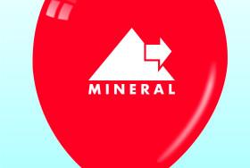 Czerwony balon z logotypem firmy MINERAL