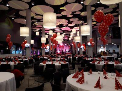 Dekoracja balonowa sali
