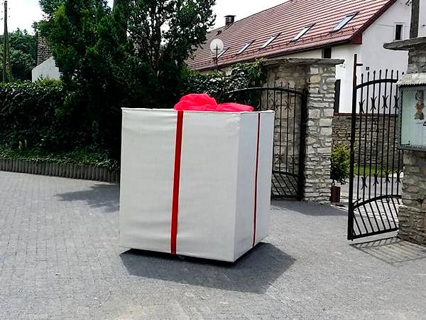 Balony Wrocław - zdjecie skrzynia-niespodzianka