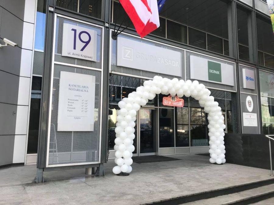 Balony Wrocław - zdjecie brama-balonowa-mercedes-10