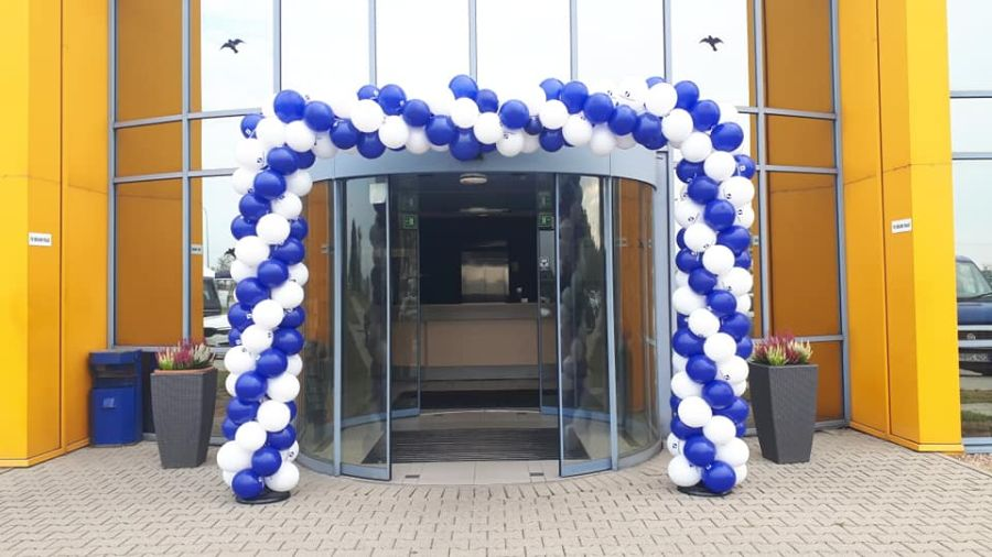 Balony Wrocław - zdjecie brama-balonowa-niebiesko-biała-11