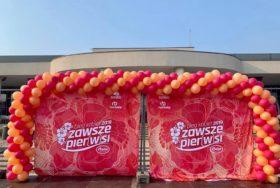 Dekoracja balonowa na Biegu Kobiet we Wrocławiu