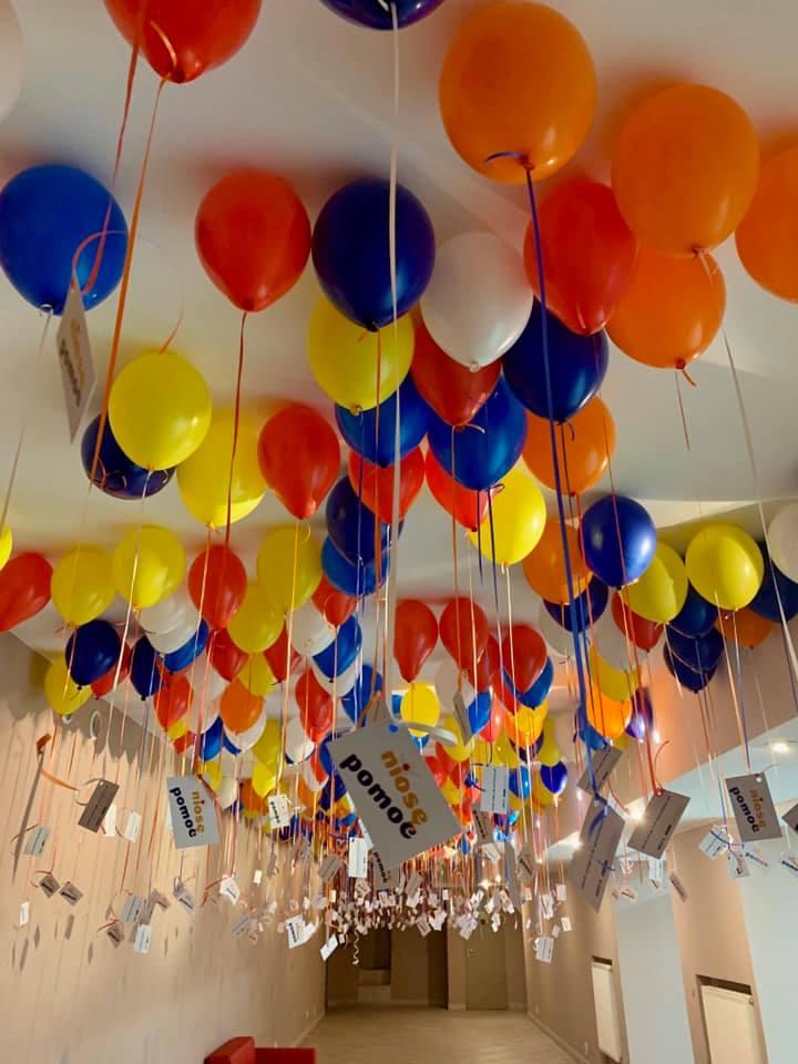 Balony Wrocław - zdjecie dekoracje-balonowe-dla-niose-pomooc-we-wroclawiu-4
