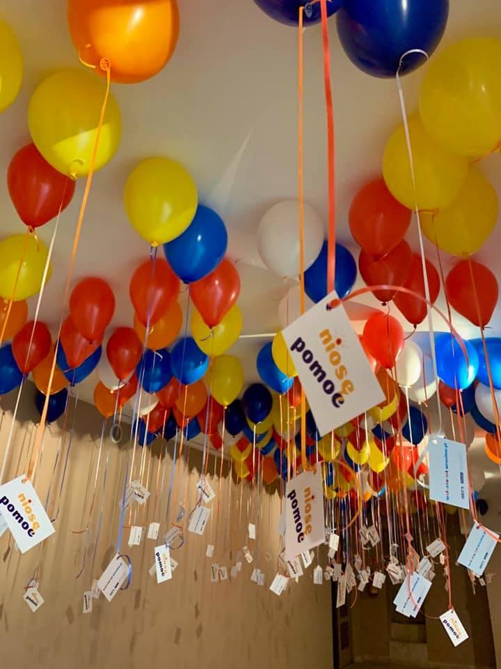 Balony Wrocław - zdjecie dekoracje-balonowe-dla-niose-pomooc-we-wroclawiu-6