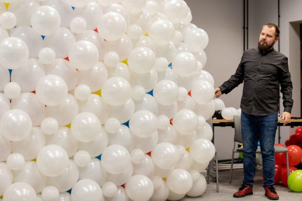 Balony Wrocław - zdjecie dekoracje-balonowe-szkolenie-19