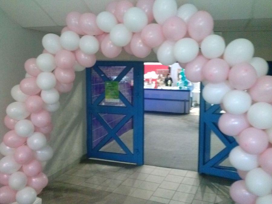 Balony Wrocław - zdjecie realizacje-z-uzyciem-balonow-171