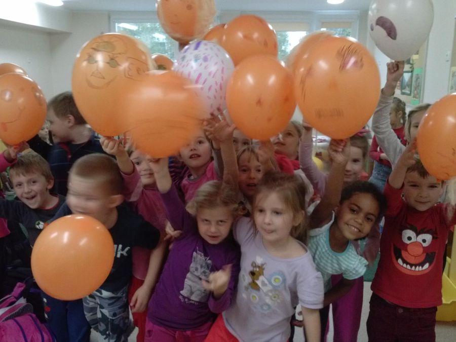 Balony Wrocław - zdjecie realizacje-z-uzyciem-balonow-61