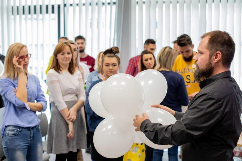 Balony Wrocław - zdjecie szkolenia-dekoracje-balonowe-wroclaw-7