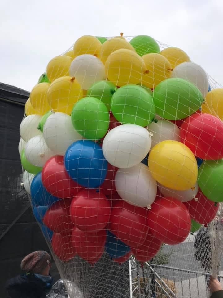 Balony Wrocław - zdjecie wypuszczanie-balonow-z-siatki-01-2020-2