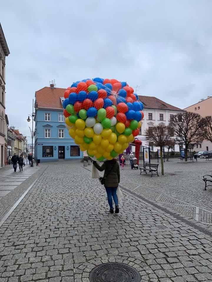 Balony Wrocław - zdjecie wypuszczanie-balonow-z-siatki-01-2020-3